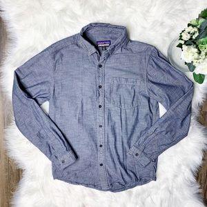 • Patagonia Button Down Shirt Denim Shirt •